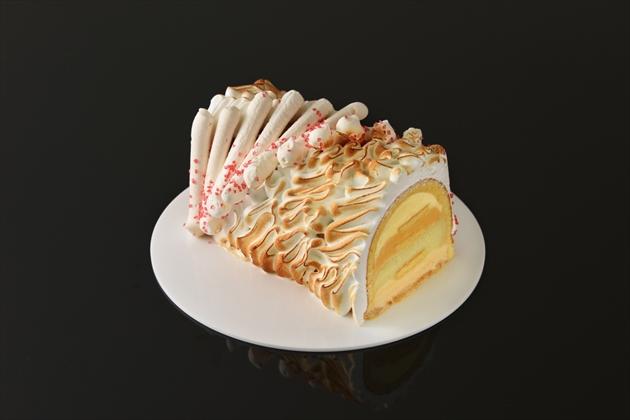 "Baked ""Apple Pie"" Alaska"